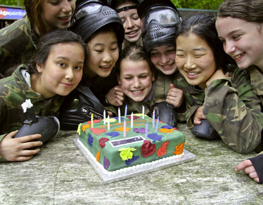 Kids paintball cake